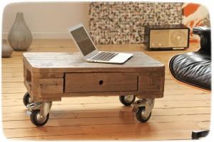 Neu Ein Stilvoller Couchtisch Aus Weitgereistem Holz Entia Blog